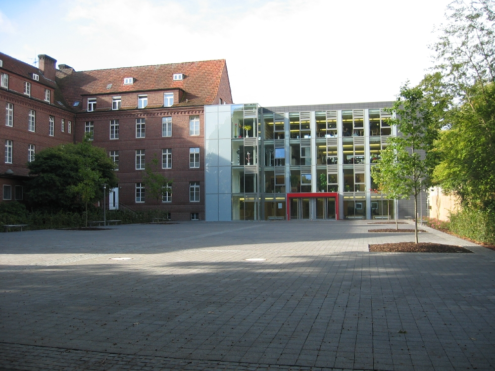 Click to enlarge image Schule_St-Arnold.jpg